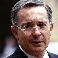 Álvaro Uribe: detengan a autodefensas | Excélsior