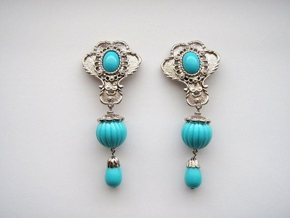 Barrera for Avon Clip on Earrings silvertone with simulated turquoise / Original box #154