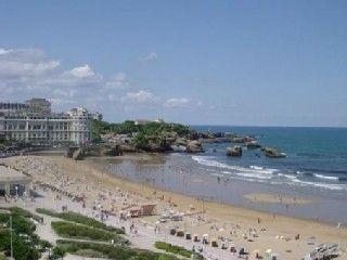 Appart 4 pers. au Victoria Surf avec piscine et vue imprenable mer !Location de vacances à partir de Biarritz @homeaway! #vacation #rental #travel #homeaway