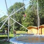 Próbáld ki a súlytalanságot trambulinjainkkal. http://kalanderdo.hu/trambulin_eurobungee/