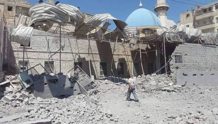 Darurat Akibat Serangan Biadab Rezim Suriah di Aleppo Shalat Jumat Ditiadakan  ALEPPO (SALAM-ONLINE): Warna merah mendominasi Facebook Suriah sejak Jumat (29/4). Aktivis media sosial telah meminta semua Facebookers untuk mengganti foto profil mereka menjadi merah dalam rangka solidaritas terhadap pembantaian yang terjadi di Aleppo.  Mereka juga telah meluncurkan kampanye di Twitter untuk membunyikan lonceng alarm atas pembantaian yang sedang berlangsung di kota yang dilanda perang itu…