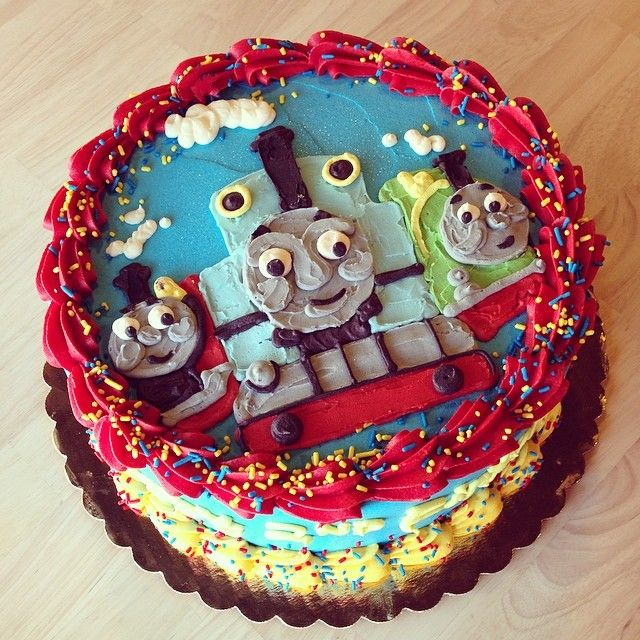 The 21 best PLANES & TRAINS CAKES images on Pinterest | Train cakes ...