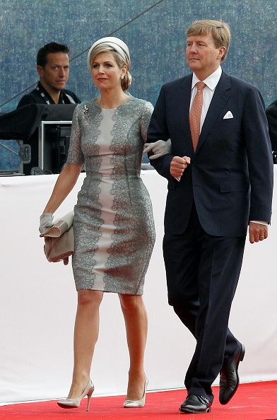 Dutch King Willem-Alexander and Queen Maxima of the Netherlands arrive for the Belgian federal government ceremony to commemorate the bicentenary of the Battle of Waterloo on June 18, 2015 in Waterloo, Belgium