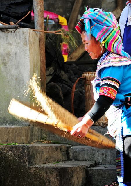 sky60038:    Cleaning the grain by Melinda ^..^ on Flickr.Colors People, Cleaning, Grains China