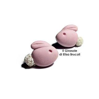 Orecchini a perno in fimo con coniglietto stilizzato
