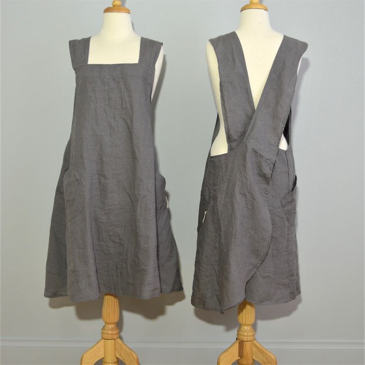 100% stonewashed French linen apron in Charcoal colour