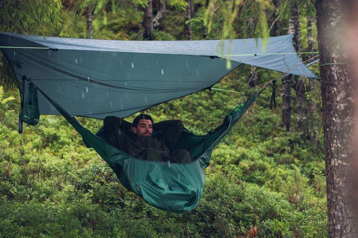 가벼운 마음으로 떠나는 캠핑. 마음뿐만이 아니라 몸까지 가볍게 떠나면 더욱 즐거운 캠핑이 됩니다. 3kg내외의 무게를 지닌 아모크의 해먹과 함께 캠핑을 떠나보세요.  http://www.magforcekorea.com  #magforcekorea #amokequipment #amok #hammock #tarp #camp #camping #outdoor #backpacking  #맥포스코리아 #아모크 #해먹 #타프 #캠프 #캠핑 #아웃도어 #백팩킹