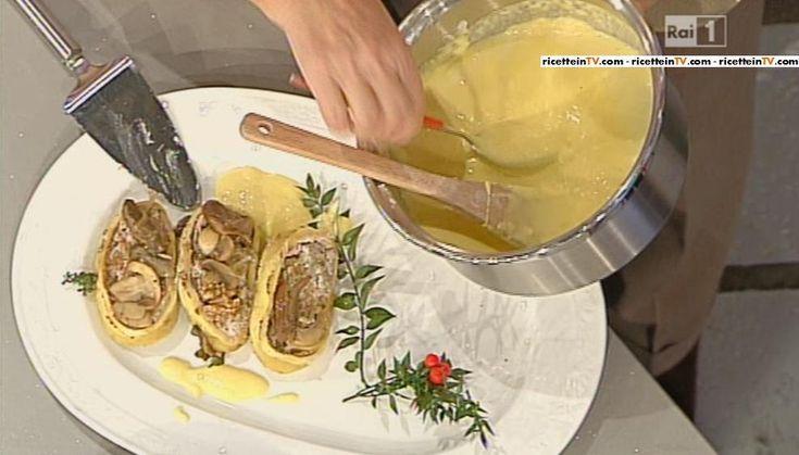 Anna Moroni, anche questo sabato, preparare una golosa ricetta della domenica. Quella di oggi è la ricetta di un primo che potrete servire anche in occasione delle prossime festività:rotolo di pasta con ricotta funghi e noci. Di seguito la ricetta. Iniziamo a preparare il rotolo di pasta, impastando la farine e le uova e, ottenuto …