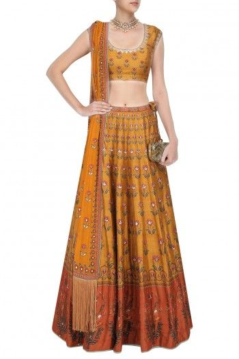 Perfect shape of choli and skirt.