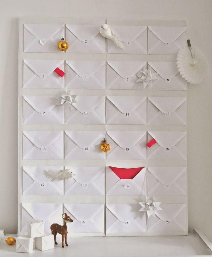 Inspiration Adventskalender - Modern einfach und platzsparend mit weißen Briefumschlägen