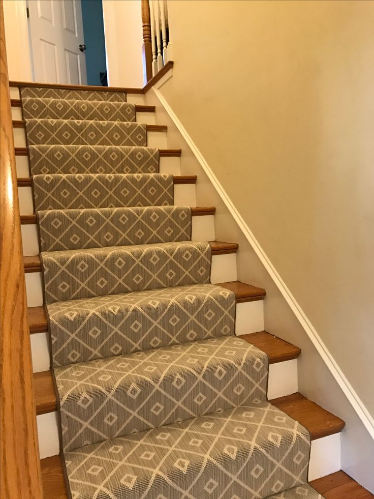 Best 17 Best Images About Geometric Stair Runners Rugs On 400 x 300