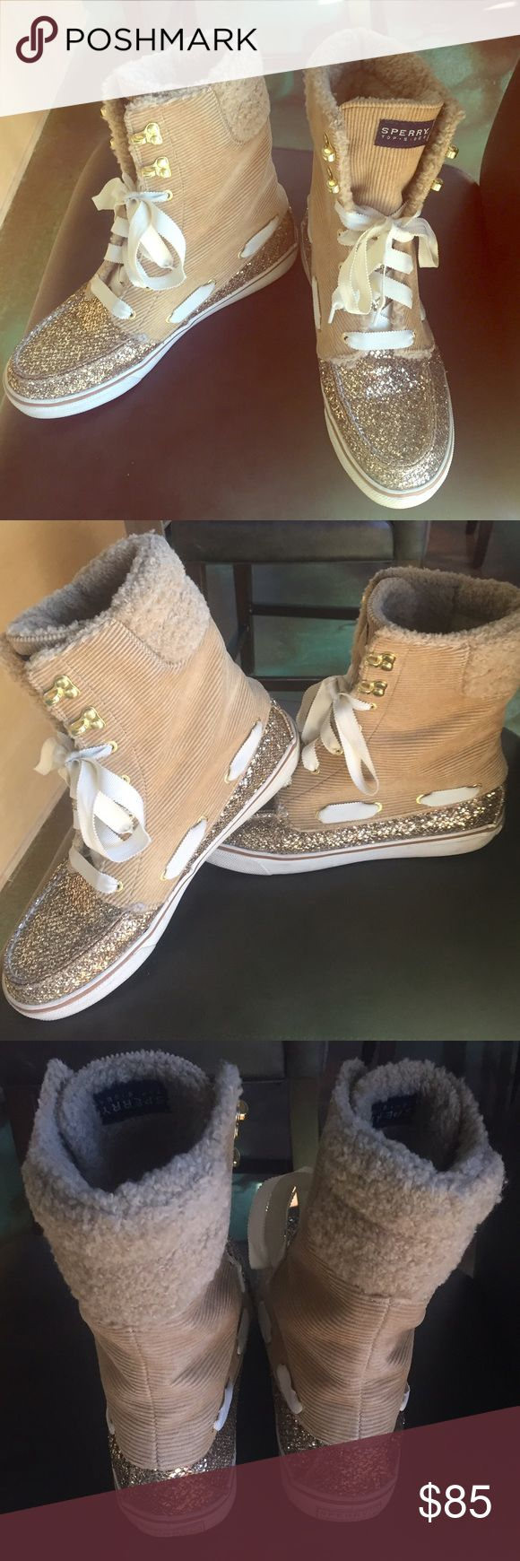 SALE Authentic Gold Sparkly Sperry Top Siders This is a pair of gorgeous, authentic, gold sparkly, Sperry Top Siders in a size 9. These shoes are super cool, very comfortable, and in excellent condition. They would make a great gift for some special lady in your life. Don't miss out! $50 on 🅿️🅿️ Sperry Top-Sider Shoes Athletic Shoes