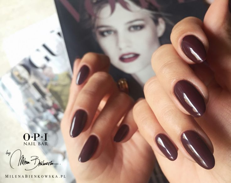 OPI VAMPsterdam and VOGUE Italia perfect love <3