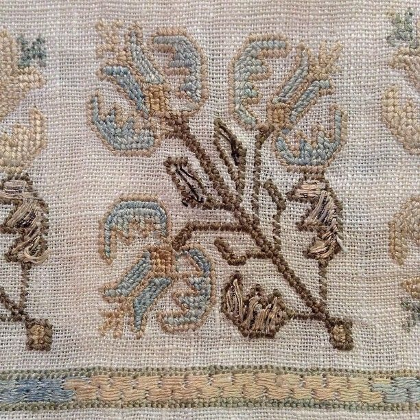 Cloudy day inspiration #embroidered #inmyshop #antiquetextiles #inspiration