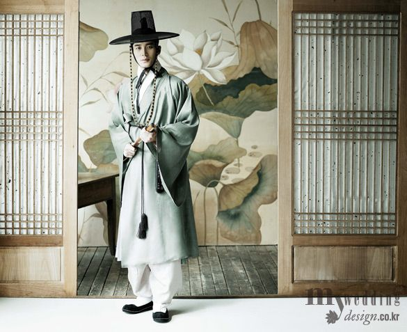 #hanbok Handsome Traditional Korean hanbok for men
