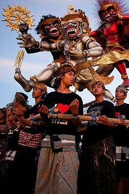 Ogoh-ogoh ceremony, bali, indonesian culture