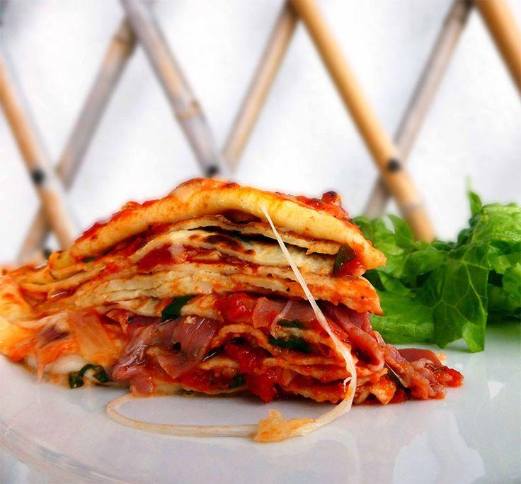 Domates soslu lezzetli mi lezzetli bir krep tarifi daha. Şimdiden afiyet olsun. http://www.lezzetlim.net/domates-soslu-krep-tarifi.html