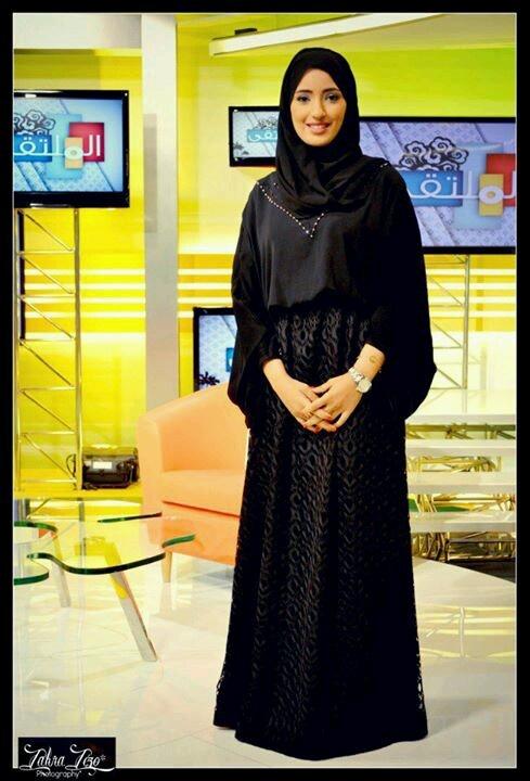 Elegantly style abaya.....