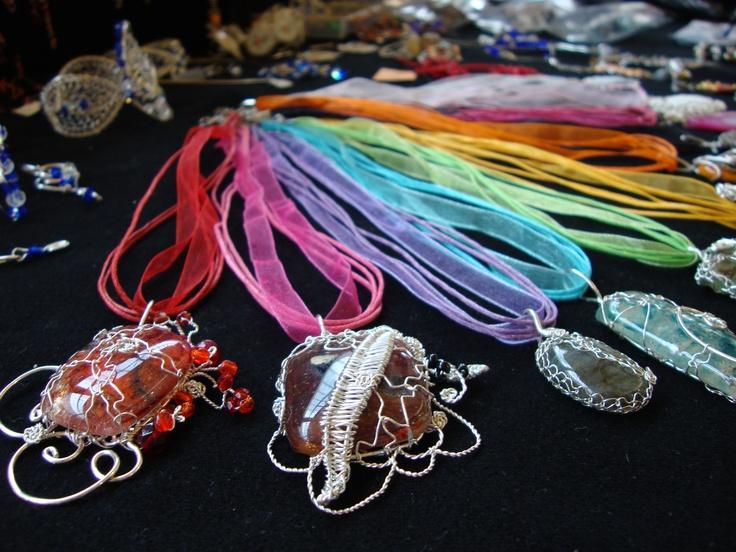 Originálne šperky a doplnky.
