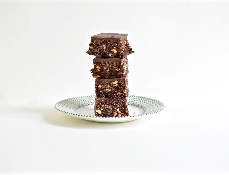Gluten Free Salted Peanut Chocolate Traybake