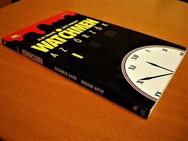 Pin By Gyuyai Gyoyagy On Watchmen Dave Gibbons Watchmen Book Cover