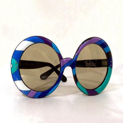 Emilio Pucci sunglasses...big and round!!