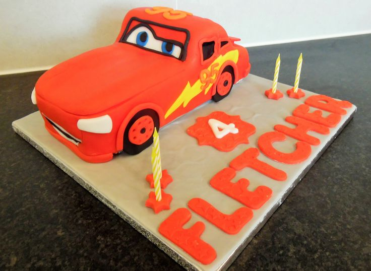 Disney Cars  Lightening McQueen cake