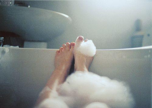relax: Chloe Price, Favorite Things, Inspiration, Bubbles, Bubble Baths, Bubblebaths, Photography, Bath Time