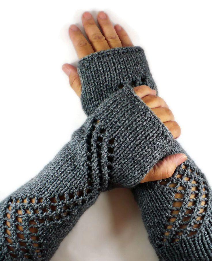 Stricken Sie Fingerlose Handschuhe Armstulpen grau Spitzen Handschuhe fallen Mode Winter Zubehör warme Handschuhe Winterhandschuhe Handschuhe Gloves Womens fahren von Nothingbutstring auf Etsy https://www.etsy.com/de/listing/102694700/stricken-sie-fingerlose-handschuhe