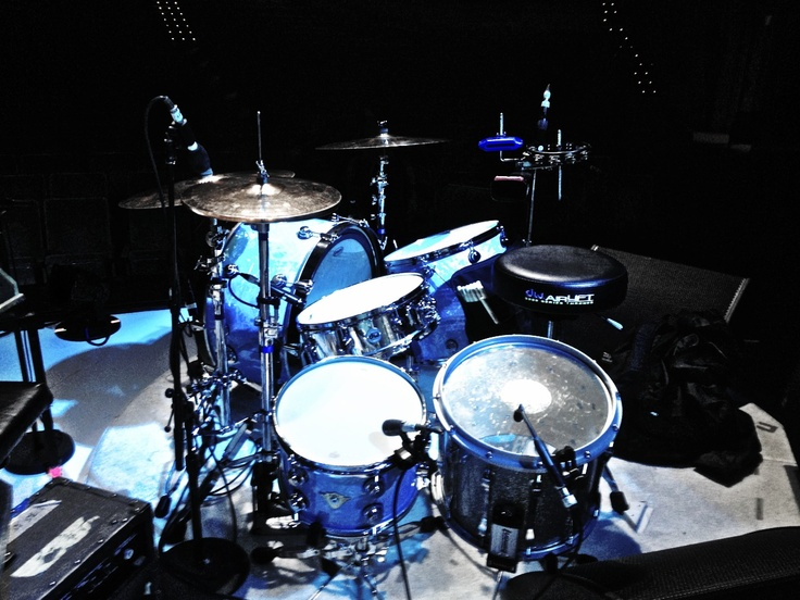 3 is a charm..DW Drums X Paiste Cymbals X Evans Drum-heads