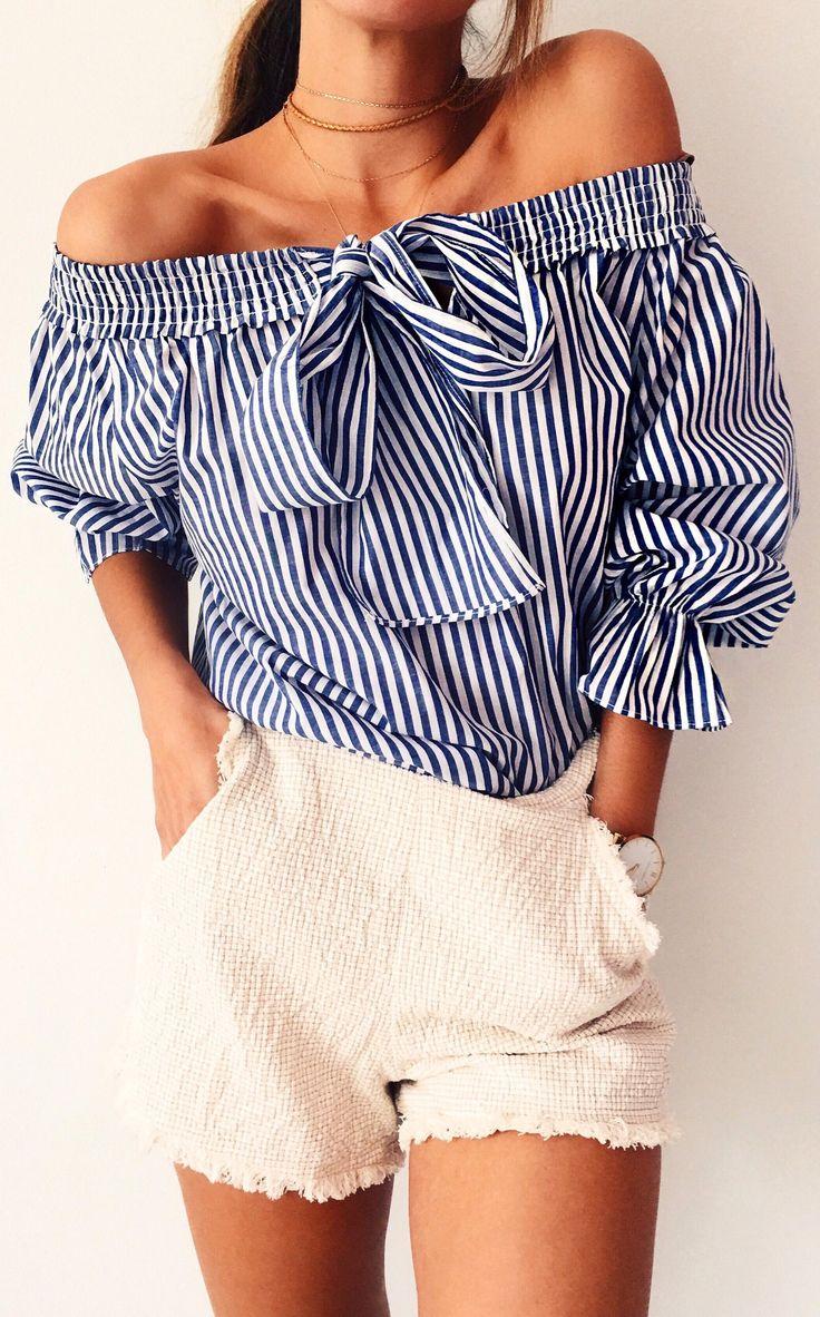 #cute #outfits navy a righe con spalle camicetta / Crema Corto