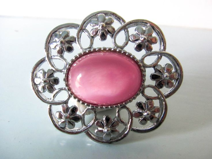 Vintage brooch, vintage pale pink brooch with pale pink glass stone and small silver flowers, gift for women, by thevintagemagpie01 on Etsy