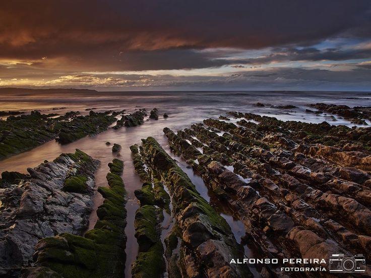 Bonita playa asturiana, ¿Cuál? de Alfonso Pereira