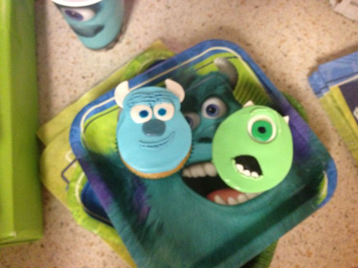 Mike and Sully cupcakes for my twins birthday party.