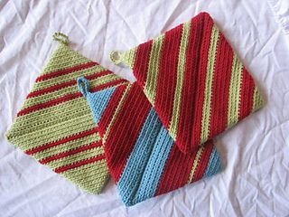 Double-thick Diagonally Crocheted Potholder pattern by Andrea Mielke