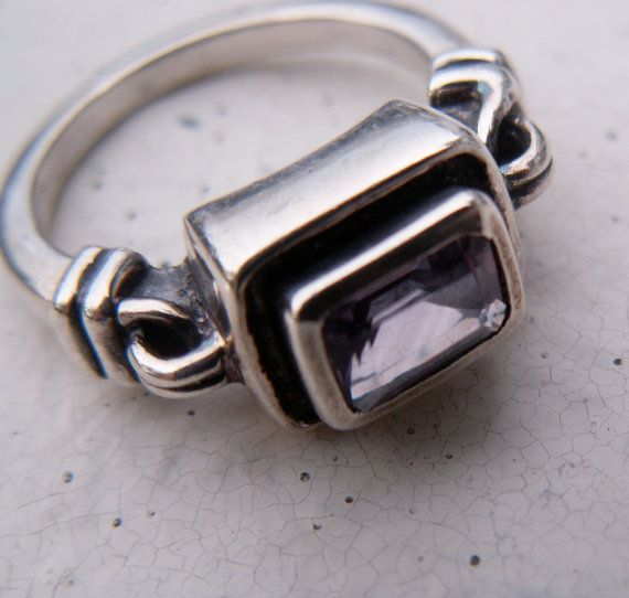 Vintage Ring Traditional Style Sterling Silver by TheJewelryChain, $42.00: Vintage Rings, Sterling Silver, Ring Traditional, Traditional Styles, Silver Rings
