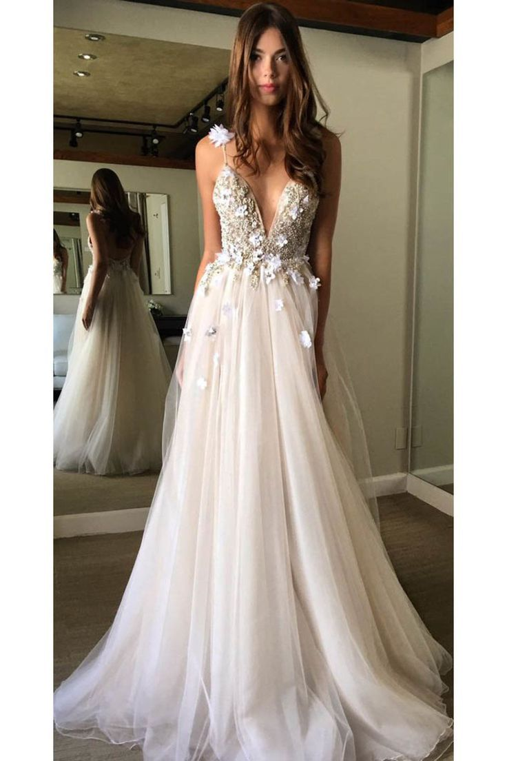 2018 Tulle Spaghetti Straps Wedding Dresses A Line With Beads And Handmade Flowe…