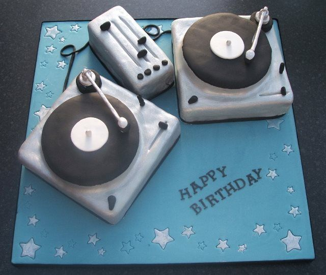 Images Of Dj Turntable Cakes