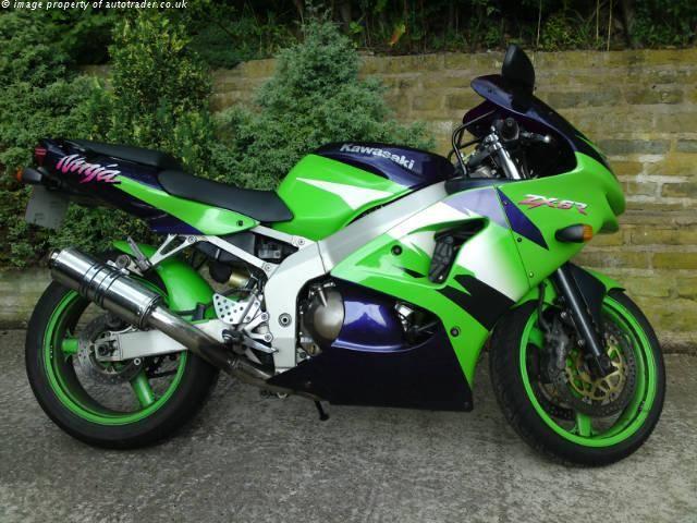 KAWASAKI NINJA 600 cc ZX600-G1 -6r - http://motorcyclesforsalex.com/kawasaki-ninja-600-cc-zx600-g1-6r/