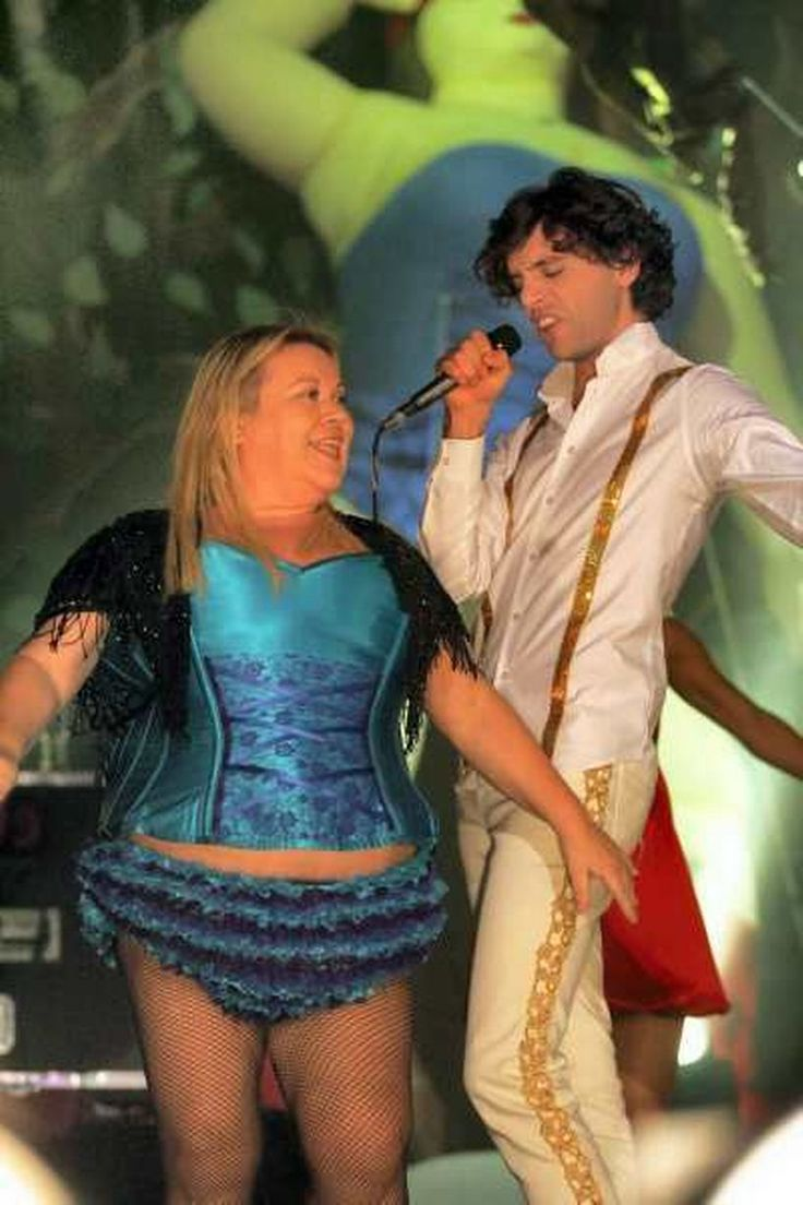 Mika and Tina Malone - live in Manchester 2007