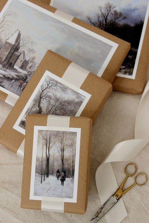 Postcards on Brown Paper Wrap / Новогодний декор...I could do this with old holiday cards!:
