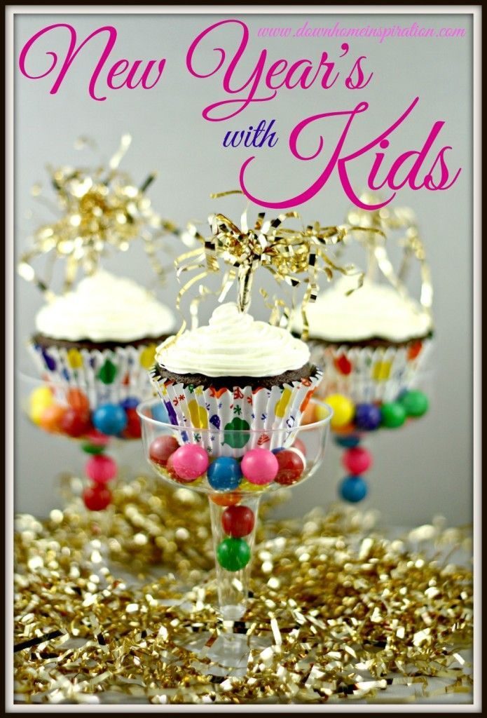 New Year's with Kids - These festive cupcakes look like so much fun. The kids will love to make these for New Years Eve or Birthday parties!