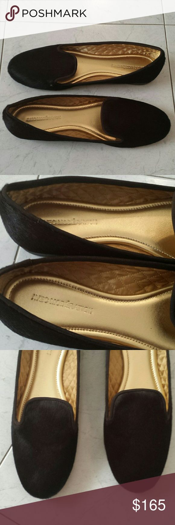 Avec Moderation Loafers -Avec Moderation brown pony hair and lined in gold leather loafers; -Brand new, never worn; -Size 11 US. Avec Moderation Shoes Flats & Loafers