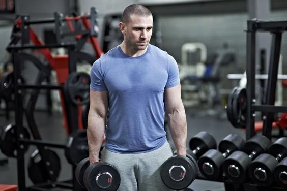 How to bulk up right so you gain muscle without also gaining too much fat. Learn how to add muscle and minimize fat with this diet and workout plan.