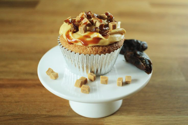 Sticky Toffee Cupcakes (via @GlobeScoffers)