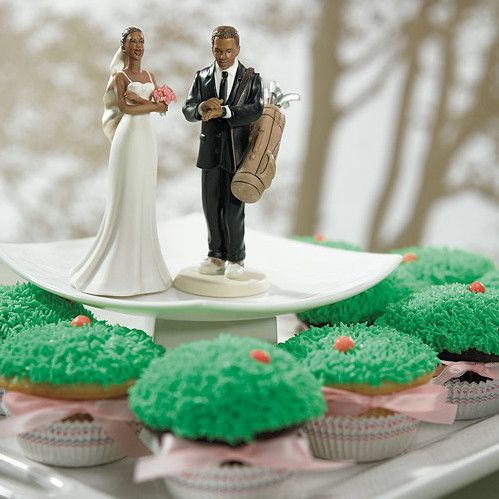 for the golfing bride and groom with grass covered cupcakes