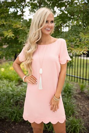 Light pink like this dress (and many shades of blue) tend to be my best colors. This dress is perfect because it's a simple shift dress, but has those scalloped edges to give it something special. It's also not too short and got a boxy feel which contrasts with the scallops.