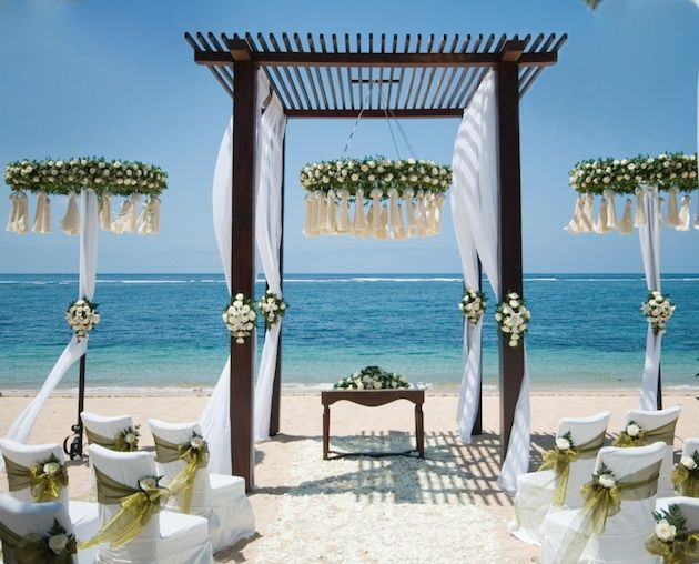 Bali Venue Review: St Regis Bali, Heaven's Gate | One of Bali's most exclusive resorts offers an impossibly romantic and secluded spot to wed… | Click the image to visit our website for more great Bali style inspiration!