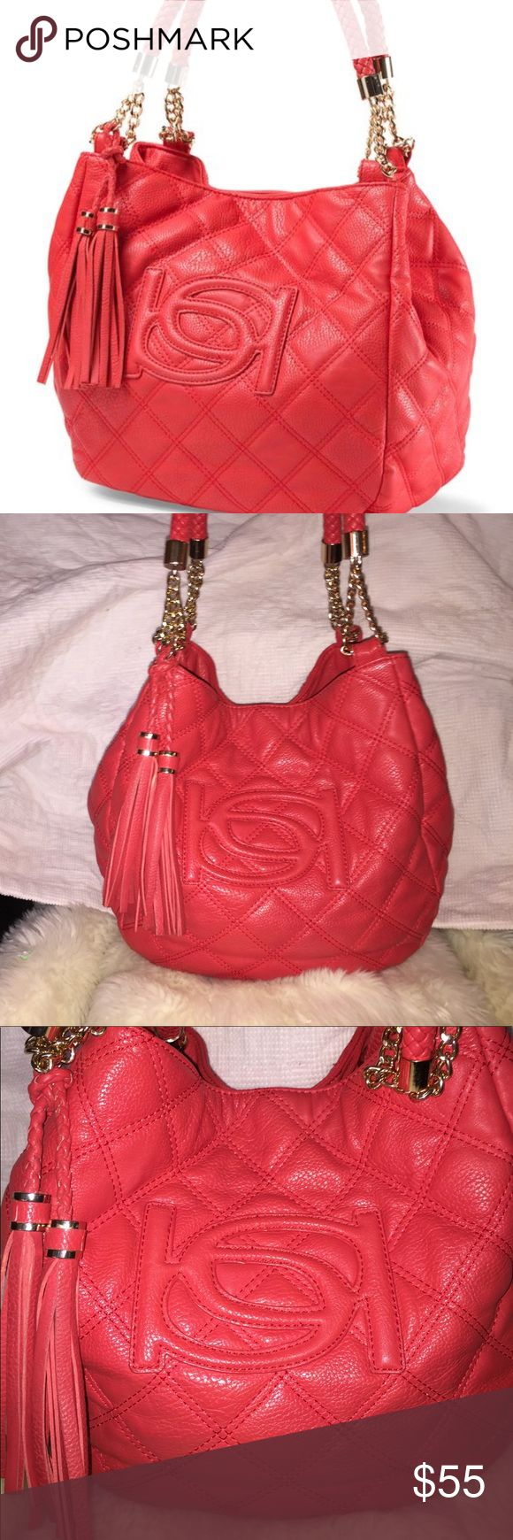 Bebe quilted red shopper. ♥️♥️♥️ Bebe, red, quilted shopper. Tassel and gold chain and hardware details. Inside has one zip close pocket and two open pockets. Four, button feet. One small pen mark on outside, end panel, which is difficult to see-please see picture and use zoom! This is a nice, big bag measuring 18x11 flat; bottom 6x10; handle drop 10. ♥️♥️♥️ catf bebe Bags