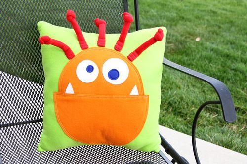 monster pillow 20 - 500px